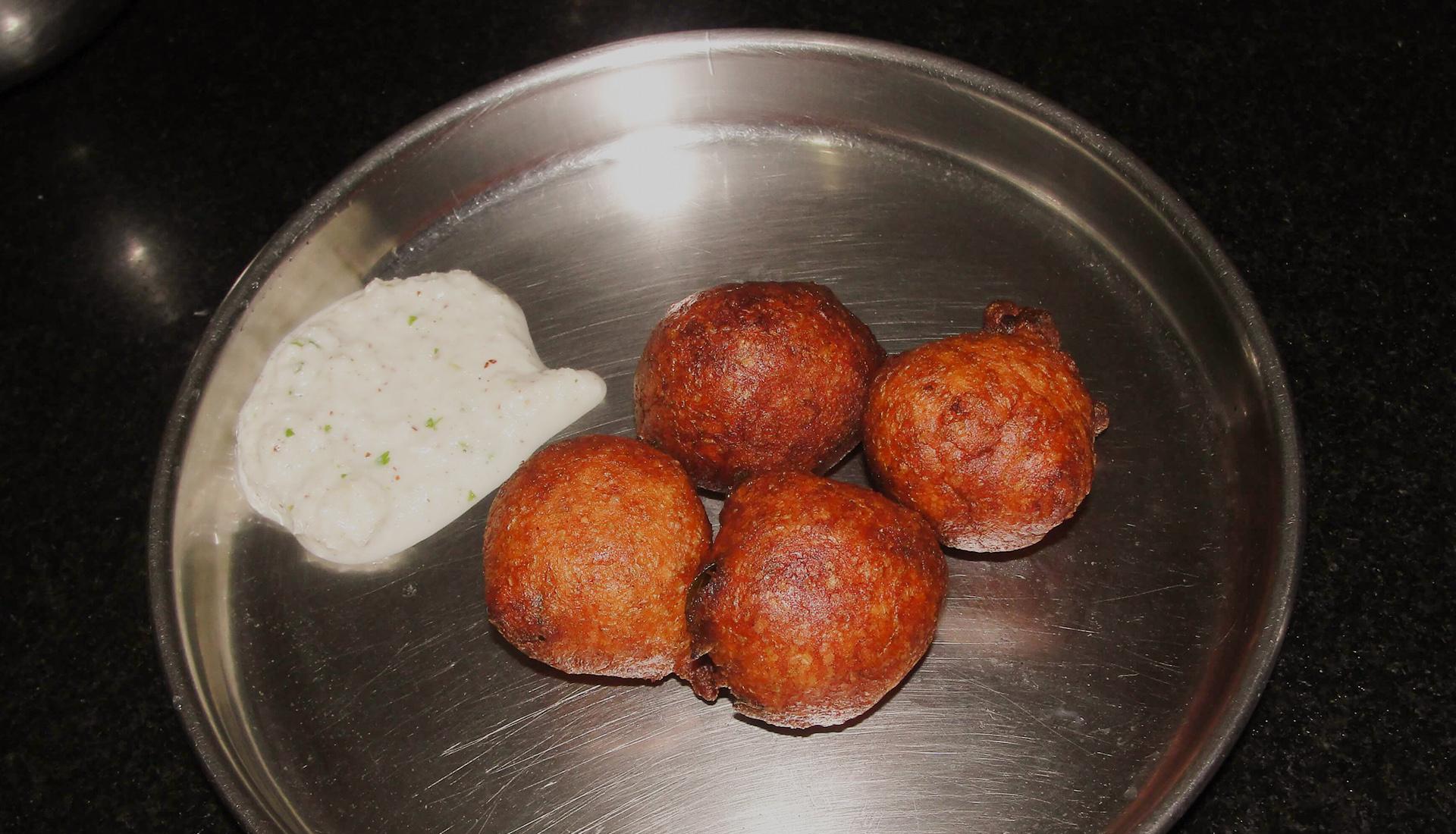 Goli Bajji Mangaluru