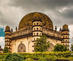 Must Visit Monuments in Karnataka