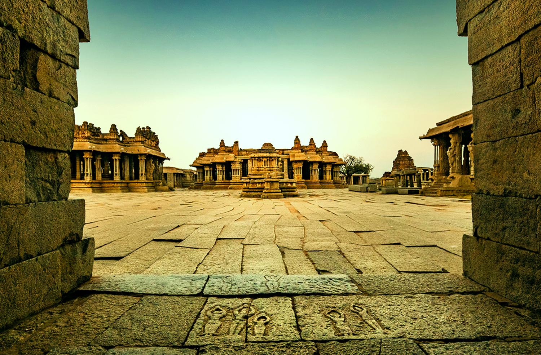 Entrance - Vijaya Vitthala Temple - Hampi