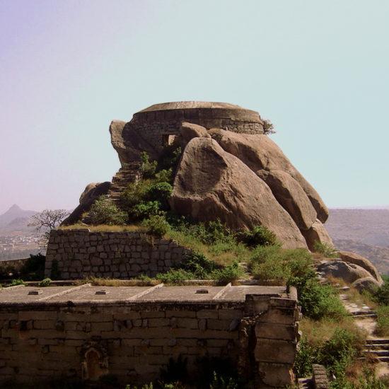 Madhugiri Fort, Tumakuru