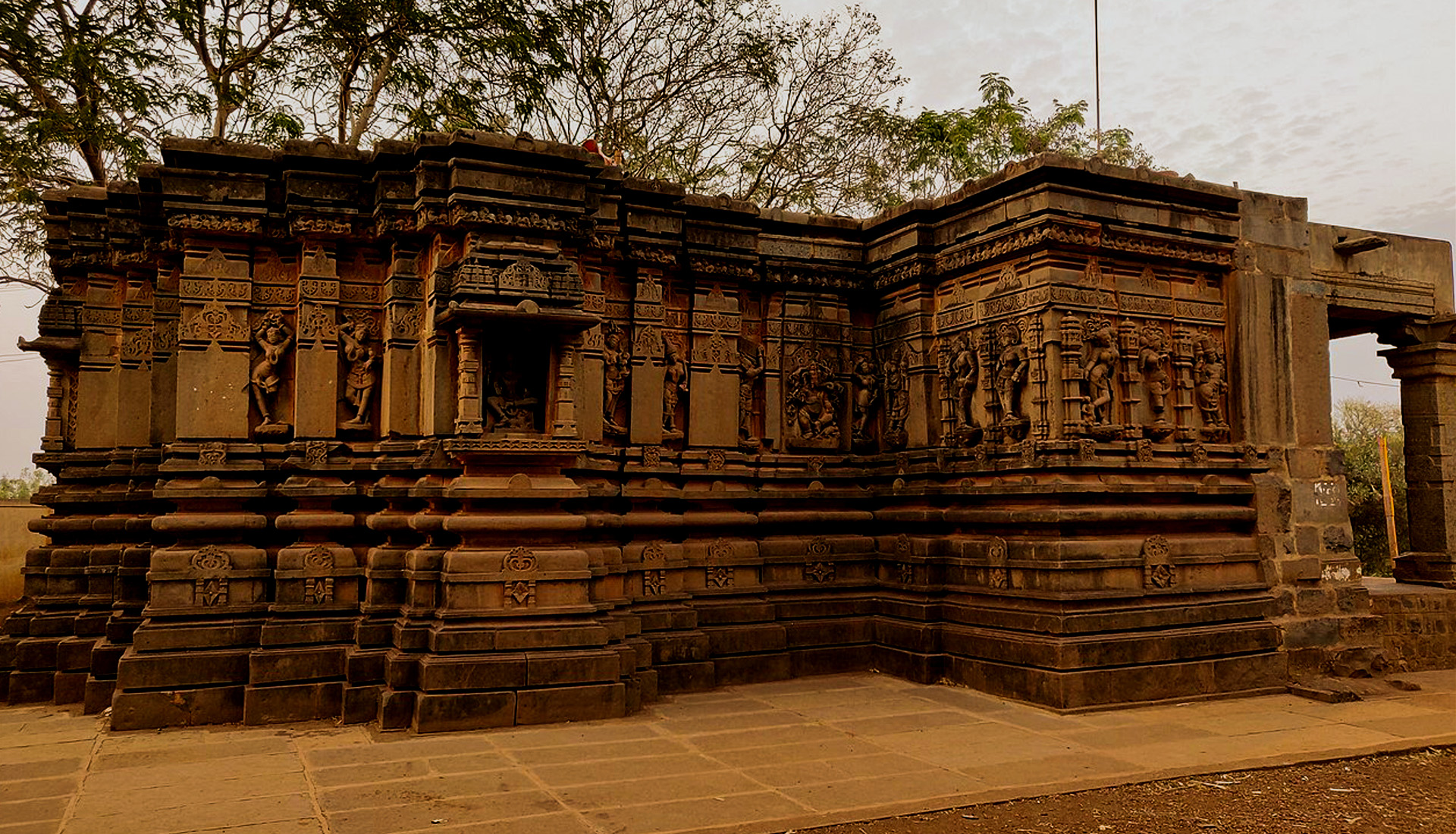 Iswara-Temple-Jalasangvi-Bidar