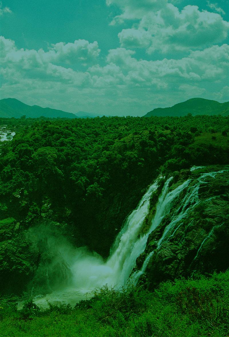 Shivanasamudra falls_portrait