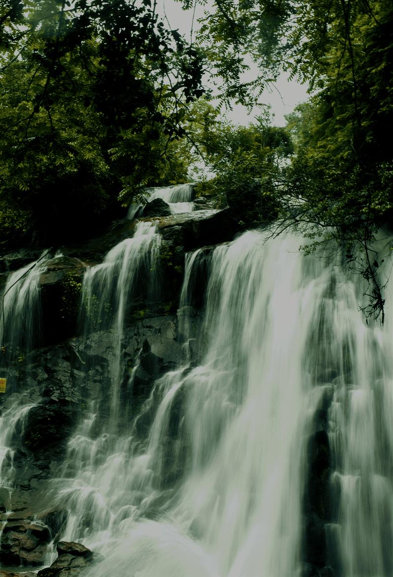Sirimane Falls_portrait