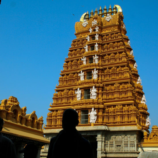 chamudeshwari-temple-mysore-chamundi-betta
