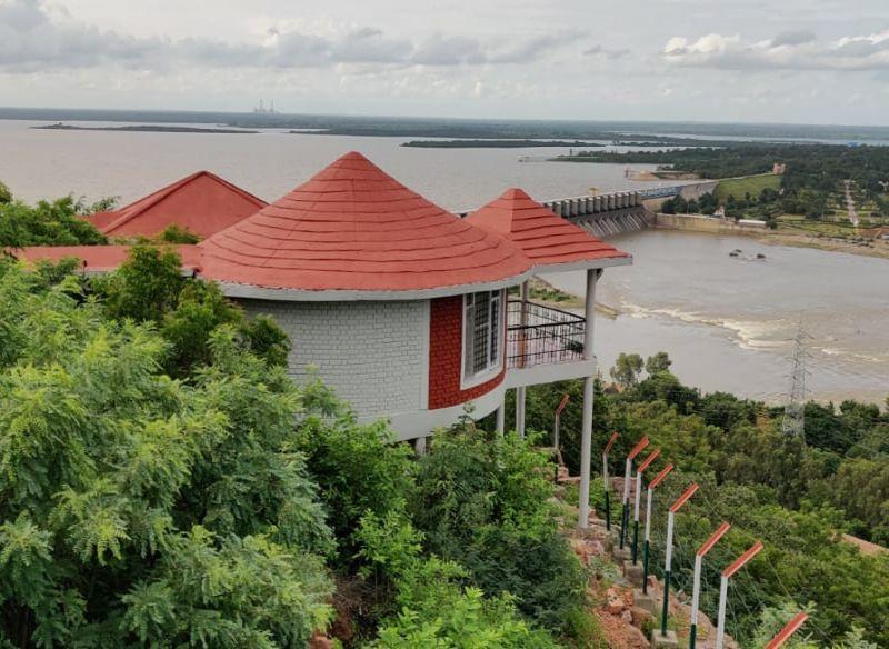 Hotel Mayura Krishna Almatti Dam