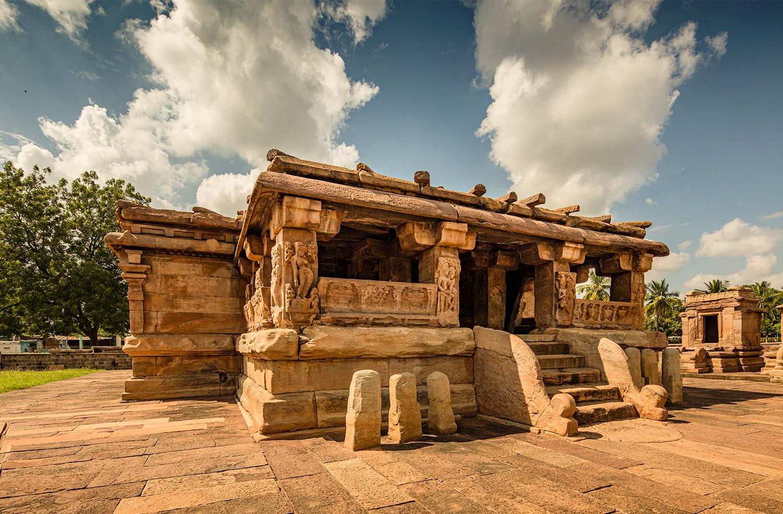Vastuchitra Aihole